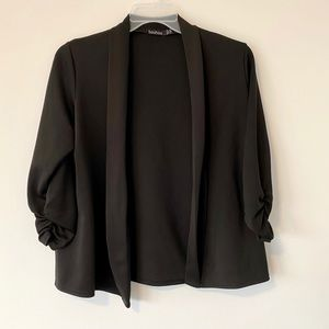 Black Kimono Style Relaxed Blazer Ruched Sleeves